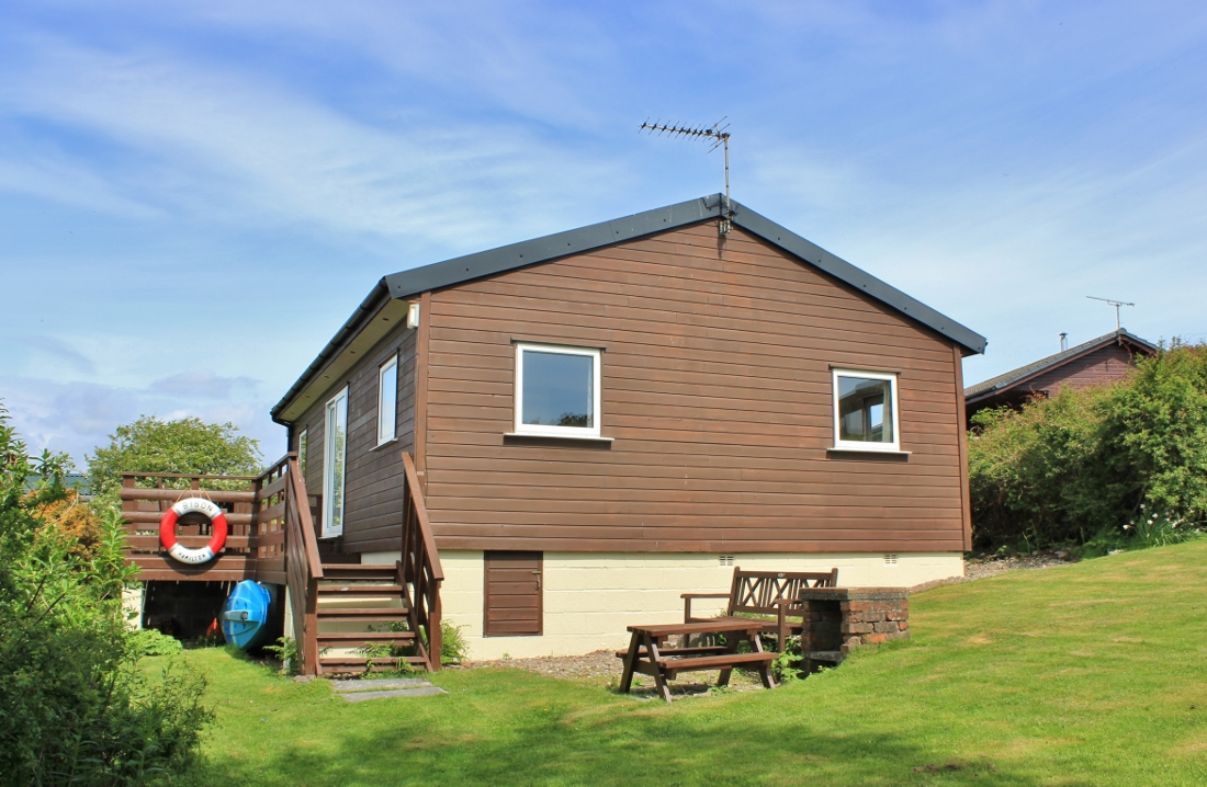 Shilfa beach house - holiday accommodation at Carrick shore, Dumfries and Galloway